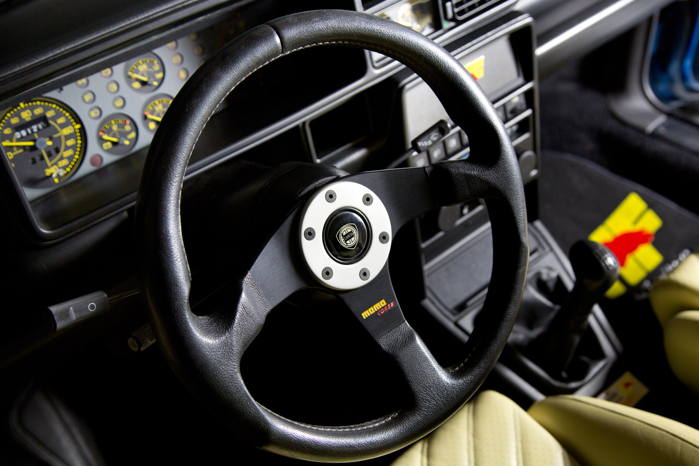 Interieur on Power Steering Pressure Control